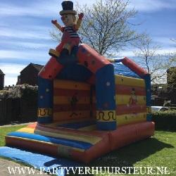 Springkussen Circus met zittende clown €90,00